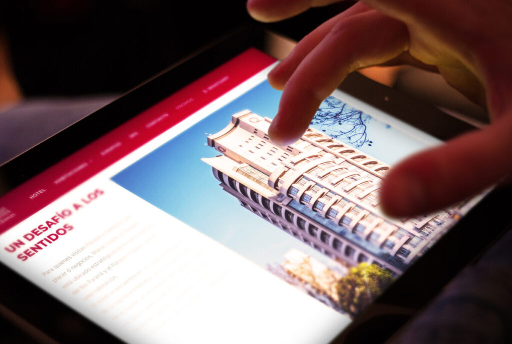 Hotel Maran Suites & Towers diseño web Minds Estudio Versión tablet ipad